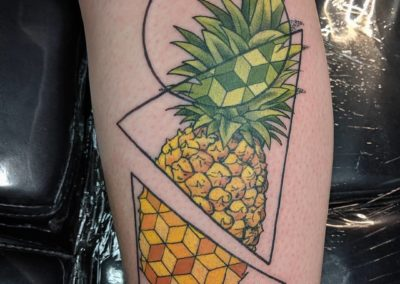 geometric-pineapple-by-the-one